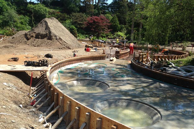Royal Botanic Gardens - The reinforced concrete pool basin was cast prior to shotcrete placement. Slab and wall areas were wet cured